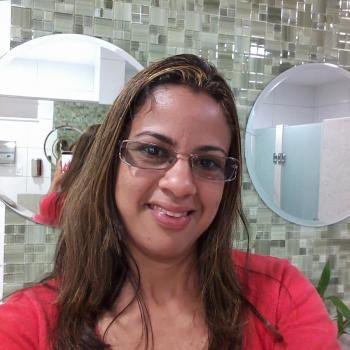 Babá em Maceió: Crislene
