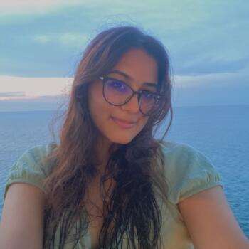 Babysitter in Singapore: Annika