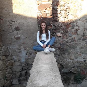 Babysitter Sant Cugat del Vallès: Clara