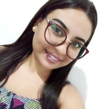 Babá em Piracicaba: Daniella