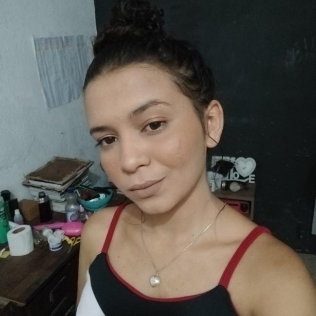 Babá em Fortaleza: Ana Barbara