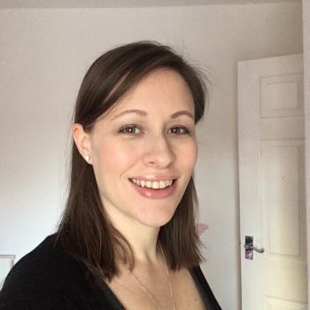 Parent Leighton Buzzard: babysitting job Kelly
