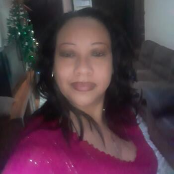 Babysitter in Heredia: Genni Idalia