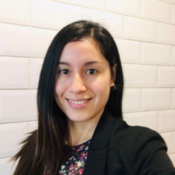Trabajo de niñera en Lima: trabajo de niñera Helen