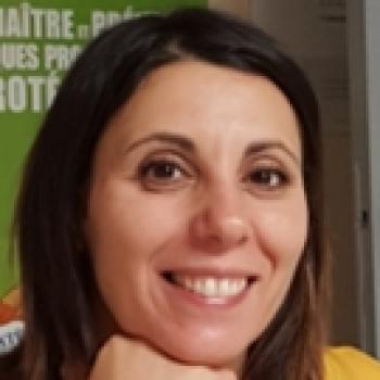 Assistante maternelle Marignane: Zina