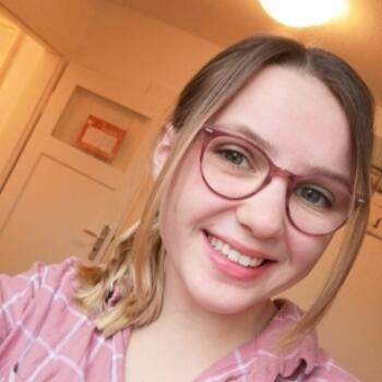 Babysitter in Wiesbaden: Celine