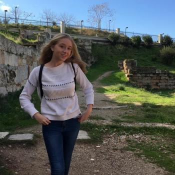 Baby-sitter Arras: Héloïse