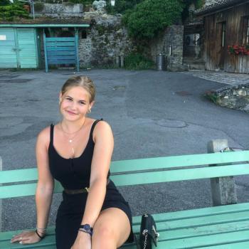 Baby-sitter in La Tour-de-Peilz: Louise