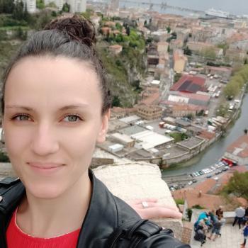Baby-sitter Landerneau: Amelie étudiante infirmière