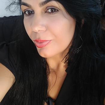 Babysitter in Uberlândia: Aleliane