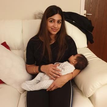 Babysitter Solihull: Avneet