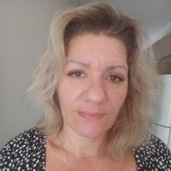 Babysitter in Jaraguá do Sul: Adelia