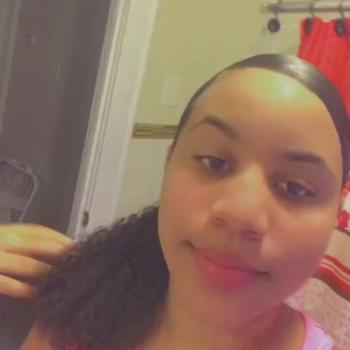 Babysitters in East Hartford: Shanya