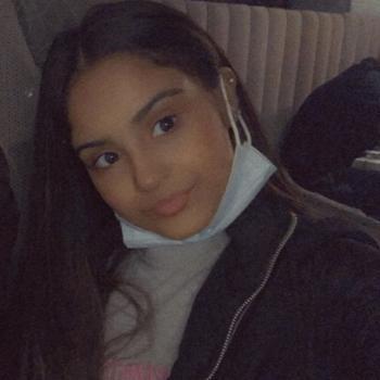 Babysitter Birmingham: Zahra