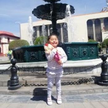 Babysitter in Puno: Stephanie
