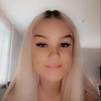 Babysitter in Örebro: Belinda