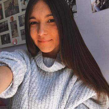 Babysitter Santa Cruz de Bezana: Lucia