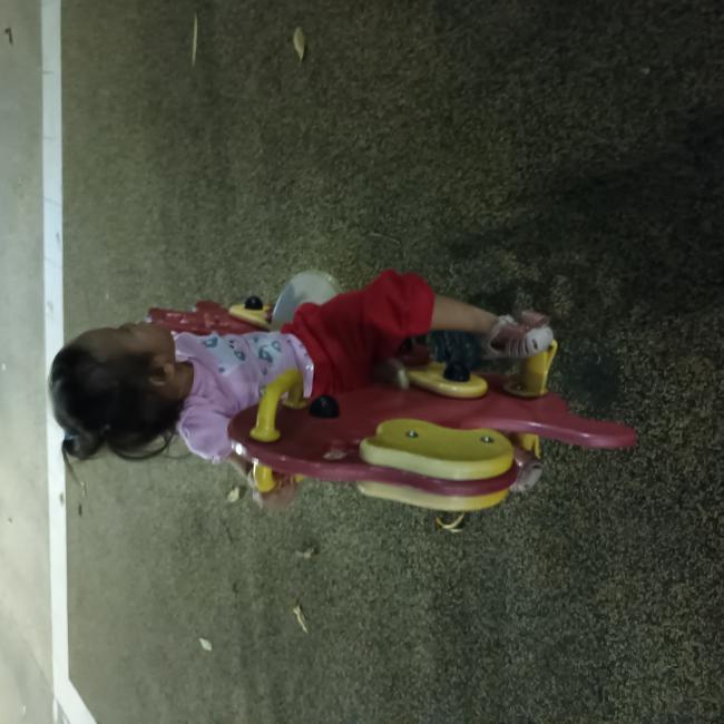 Babysitting job in Singapore: Eunice