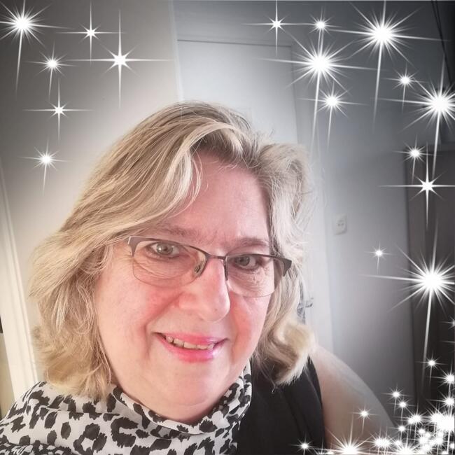 Nanny in Kortrijk: Karine