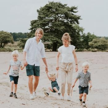 Ouder Ouderkerk aan de Amstel (Ouder-Amstel): oppasadres Laura