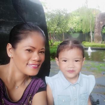 Babysitting job Singapore: babysitting job Yatt