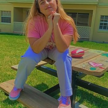 Babysitter in Hialeah: Brittany