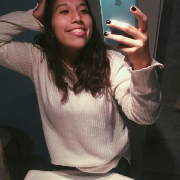 Niñera Berazategui: Ariana