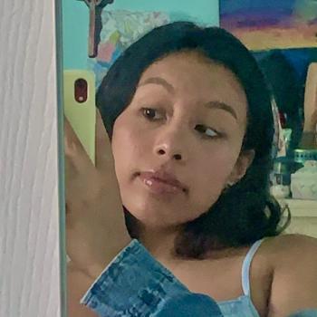 Babysitter Jersey City: Tanya Calderon