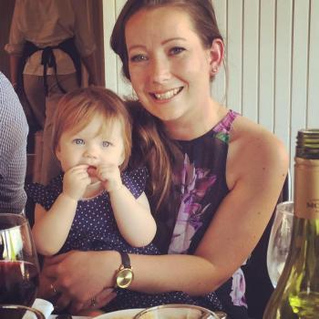 Babysitter Queenstown: Alice