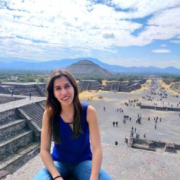 Niñera en León: Mariana