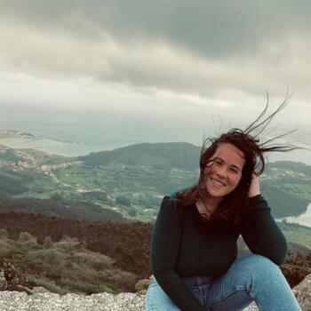 Babysitter in A Coruña: Mónica