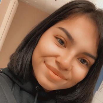Babysitter in San Bernardino: Reyna