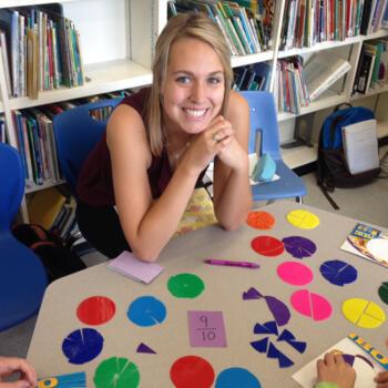 Baby-sitter Calgary: Katelyn