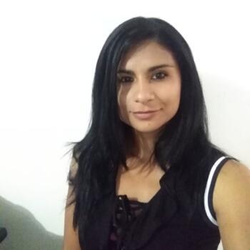 Niñera en San José: Lucía