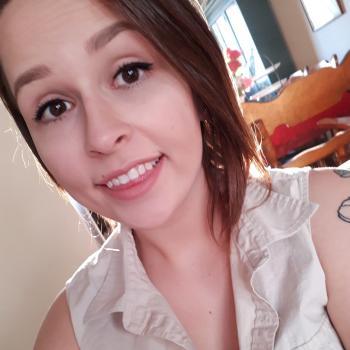Babysitter Calgary: Kenndra