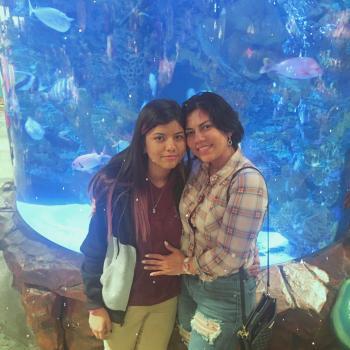 Babysitter Miami: Zorayda Mendoza
