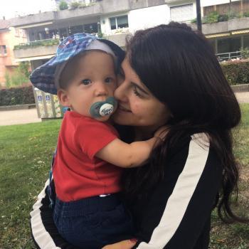 Babysitter Cashel: Noelle