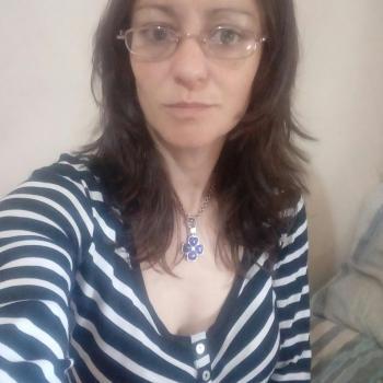 Niñera Berazategui: Brenda