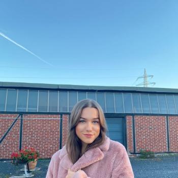 Babysitter in Mönchengladbach: Clara Louise