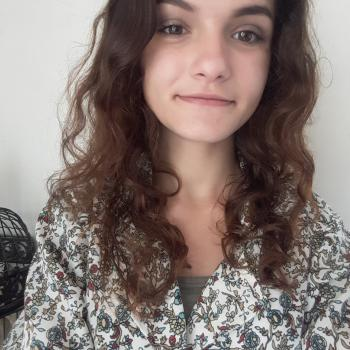 Baby-sitter Bourges: Elora