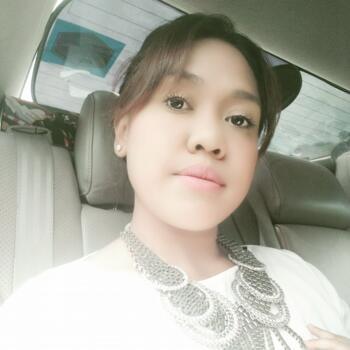Babysitter in Singapore: Siti Aisha