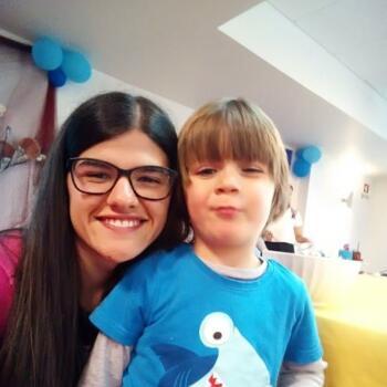 Babysitter em Ponta Delgada: Sara Medeiros