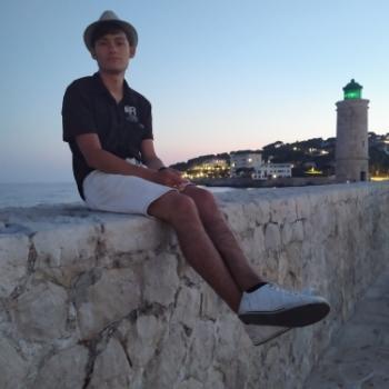 Baby-sitter in Olivet: Louis