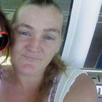 Babysitter in Rockingham: Valerie