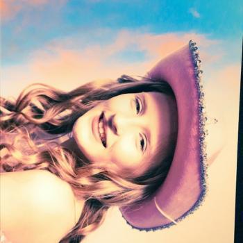 Babysitter Tamworth: Victoria bowley