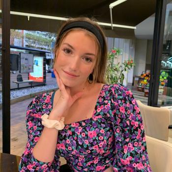 Babysitter in Courbevoie: Pauline