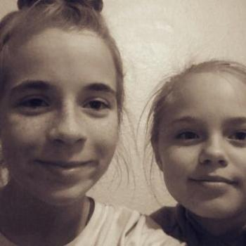 Babysitter Las Vegas: Kaythren and Sarah
