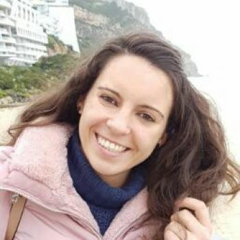 Babysitter Loures: Ana Lúcia