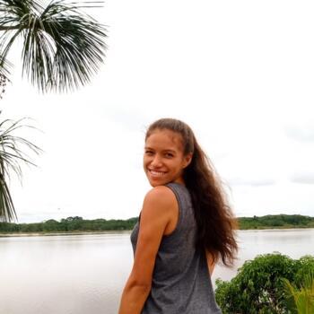 Babysitter Iquitos: NAZARETH