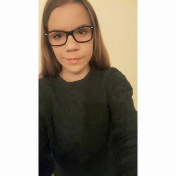 Barnevakter Harstad: Julie